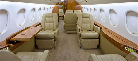 Falcon 900 Easy Privatjet